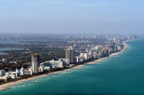 Crece la compra de casas por mexicanos en Miami