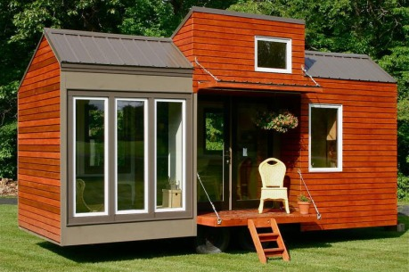 Tall-Man-Tiny-House_1