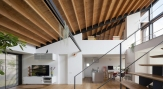 05_naoi-house-large-roof