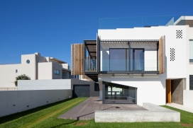 06_e348-house-in-miramar