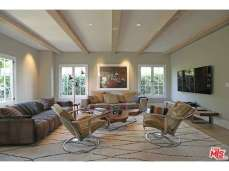 Michael-C.-Hall-Home-4