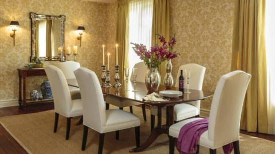 Sarah-Michelle-Gellar-and-Freddie-Prinze-Jr.-Home-Dining-Room