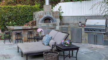 Neil-Patrick-Harris-Home-Outdoor-Kitchen
