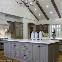 Kimye-Kitchen-702x468
